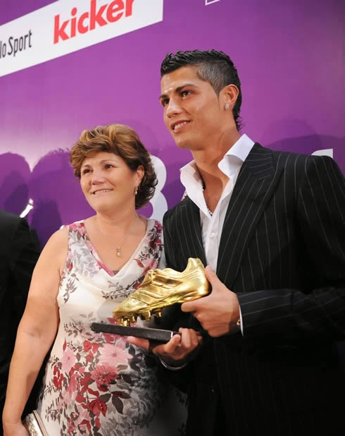 Unbelievable: Cristiano Ronaldo's mum claims she tried to abort him while she was pregnant