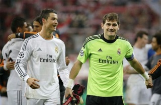 CR7 Deserves To Be Crowned The World Best Again - Casillas