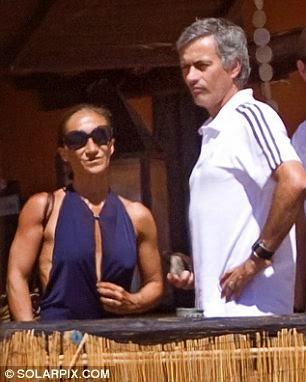 My wife made me not to coach England - Jose Mourinho