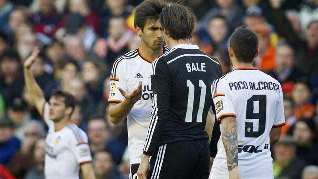 Valencia ends Real Madrid's winning streak