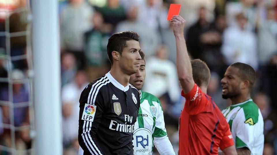 Ronaldo apologises for red card against Cordoba