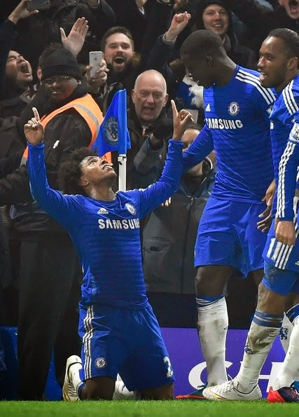Chelsea Edges Everton to Maintain Lead