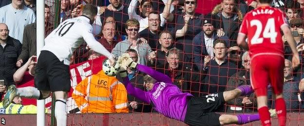 Wayne Regrets Missed Penalty Kick Against Liverpool