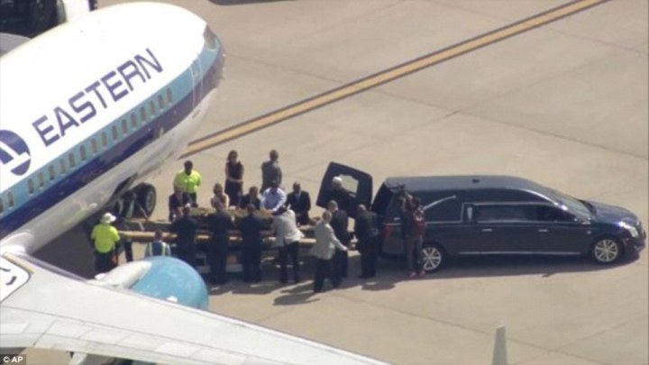 Muhammad Ali's Body Arrives Louisville Ahead Of Funeral.